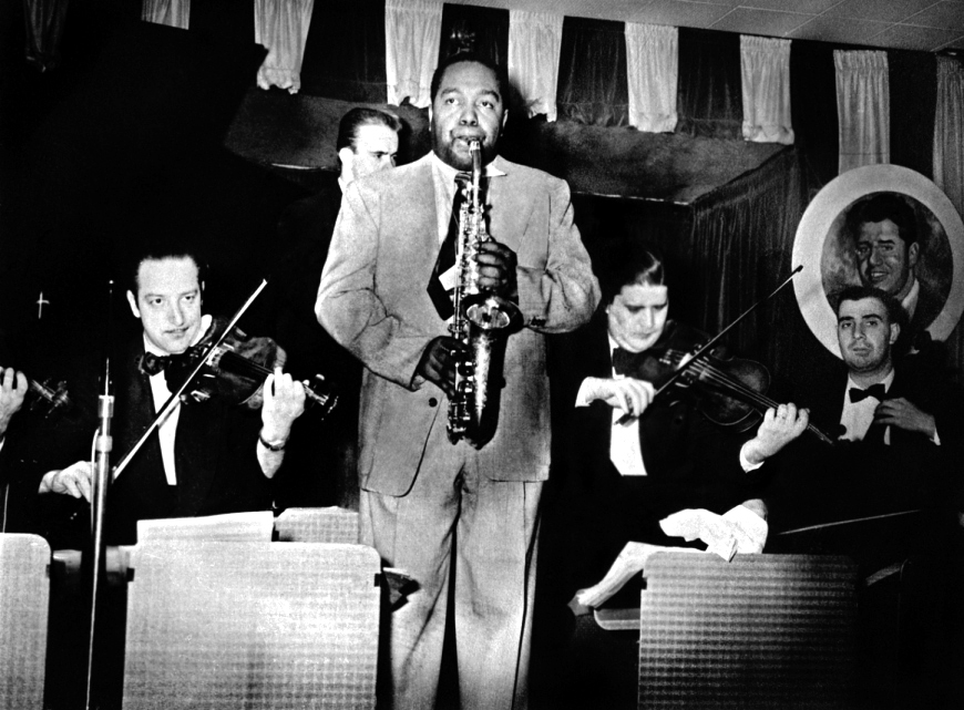 charlie_parker_and_strings_at_birdland_1951_marcel_fleiss_large_ag